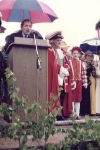 Herr Dr. Herbert Schnoor, Innenminister des Landes Nordrhein-Westfalen
